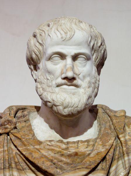 Aristoteles resumo pensamento biografia